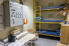 Sängar för kalla krigetbunkerbrits fotografering för bildbyråer
