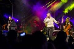 Sänger Omer Adam führt durch Lizenzfreie Stockfotos