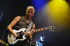 Sänger und Gitarrist Lulu Santos lizenzfreies stockbild