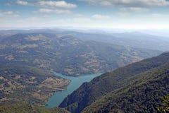 Säsong för berglandskapsommar Arkivbilder