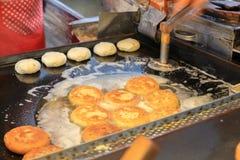 Sät hotteok - koreanisches Straßenlebensmittel Lizenzfreies Stockbild