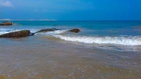 sätta på land havet royaltyfri fotografi