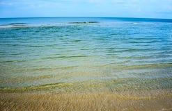 sätta på land havet arkivfoton