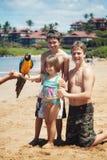 sätta på land hawaii ferie fotografering för bildbyråer