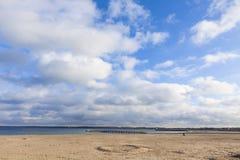 Sätta på land på den baltiska seacoasten i Travemunde, Tyskland Royaltyfria Foton