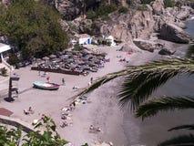 Sätta på land platsen i Nerja, en sömnig spansk feriesemesterort på Costa Del Sol nära Malaga, Andalucia, Spanien, Europa Arkivfoton