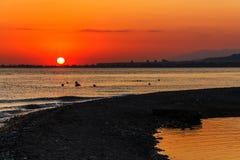 Sätta på land Sinop i huvudstad av Abchazien Sukhumi på en nedgång Fotografering för Bildbyråer
