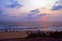 sätta på land solnedgången Fotografering för Bildbyråer