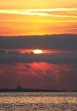 sätta på land soluppgången Royaltyfri Bild
