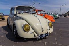 Sätter på land utskjutande medel för klassiker på Scheveningen bilshow Arkivfoton