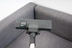 Säubern der Couch Stockbilder