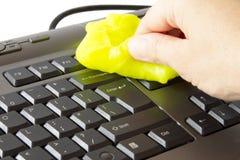 Säubern der Tastatur Stockfotografie