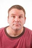 Säubern Sie rasierten kaukasischen Mann Stockbild