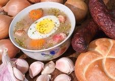 Säuern Sie Mehl-gegründete Suppe Stockfotos