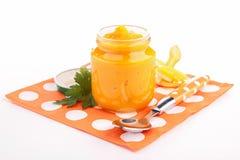 Säuglingsnahrung, Karottenpüree stockfotos