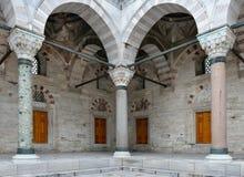 Säulen an Beyazit Moschee Stockbild
