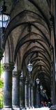 Säulengänge im Wien-Rathaus stockfoto