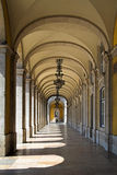 Säulengänge in Lissabon Lizenzfreies Stockfoto