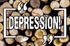 Słowa writing teksta depresja Biznesowy pojęcie dla praca stresu z bezsennymi nocami ma niepokoju nieładu Drewnianego tło fotografia stock