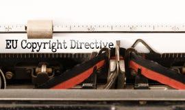 Słowo UE Copyright zarządzenie pisać na rocznik maszynie do pisania zdjęcia stock