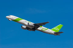 Sång Boeing 757 Arkivbilder