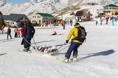 Sårad skidåkare Royaltyfri Fotografi