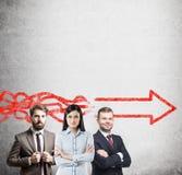 Séance de réflexion d'équipe d'affaires, flèche Image libre de droits