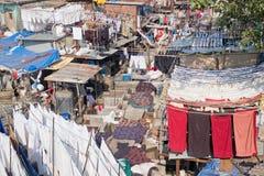 Séchage de lavage au soleil de Mumbai Photos stock