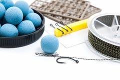 Séchez l'alimentation pour la pêche de carpe Boilies et accessoires de carpe pour la carpe Photographie stock libre de droits