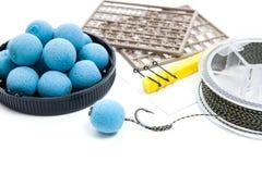 Séchez l'alimentation pour la pêche de carpe Boilies et accessoires de carpe pour la carpe Image stock