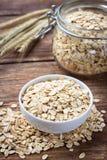 Séchez la farine d'avoine de flocons d'avoine roulée image stock