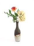 séchez les fleurs dans un vase Image stock