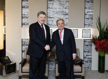Sécrétaire général Antonio Guterres et Petro Poroshenko de l'ONU Photographie stock libre de droits