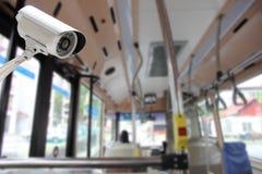Sécurité d'appareil-photo de télévision en circuit fermé dans un autobus photos stock