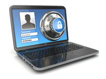 Sécurité d'Internet.  Ordinateur portable et serrure sûre. Photo libre de droits