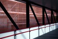 Sécurité de bâtiment avec un échafaudage solide Images stock