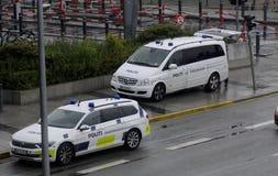 SÉCURITÉ DE POLICE SUR L'AÉROPORT DE KASTRUP Images stock