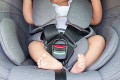 Sécurité moderne de siège de voiture pour le bébé nouveau-né Photographie stock
