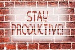 Séjour d'écriture des textes d'écriture productif Concept signifiant l'art de mur de briques de productivité de concentration d'e photographie stock