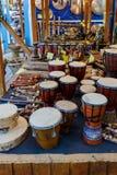 Sélection de différents instruments de musique en vente Image stock