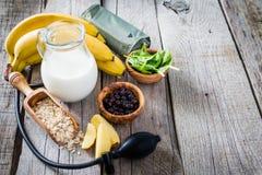 Sélection de la nourriture qui est bonne Franco Camion hypertension images libres de droits