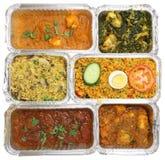 Sélection de nourriture à emporter indienne de cari Photo stock