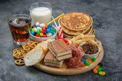 Sélection de nourriture qui peut causer le diabète images libres de droits