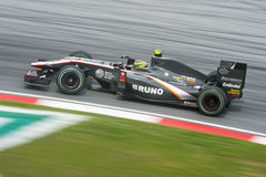 Séné de Bruno de Formule 1 de Hispania emballant l'équipe Images libres de droits