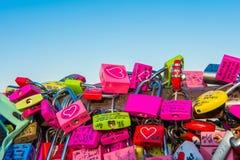 SÉOUL - 1ER FÉVRIER : Cadenas d'amour à la tour de N Séoul Photo libre de droits