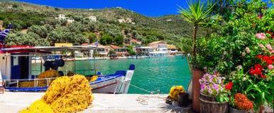 Série colorée traditionnelle de la Grèce - village de pêche Sivota dedans image libre de droits