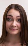 Série da emoção de menina ucraniana nova e bonita - querendo saber e sorrindo imagens de stock royalty free