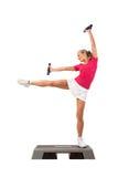 Série do esporte: Ginástica aeróbica da etapa com pesos Fotografia de Stock