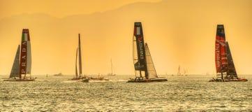 Série du monde de la tasse de l'Amérique 2013 catamarans Images stock