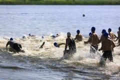 Série occidentale de triathlon de Suburu photos stock